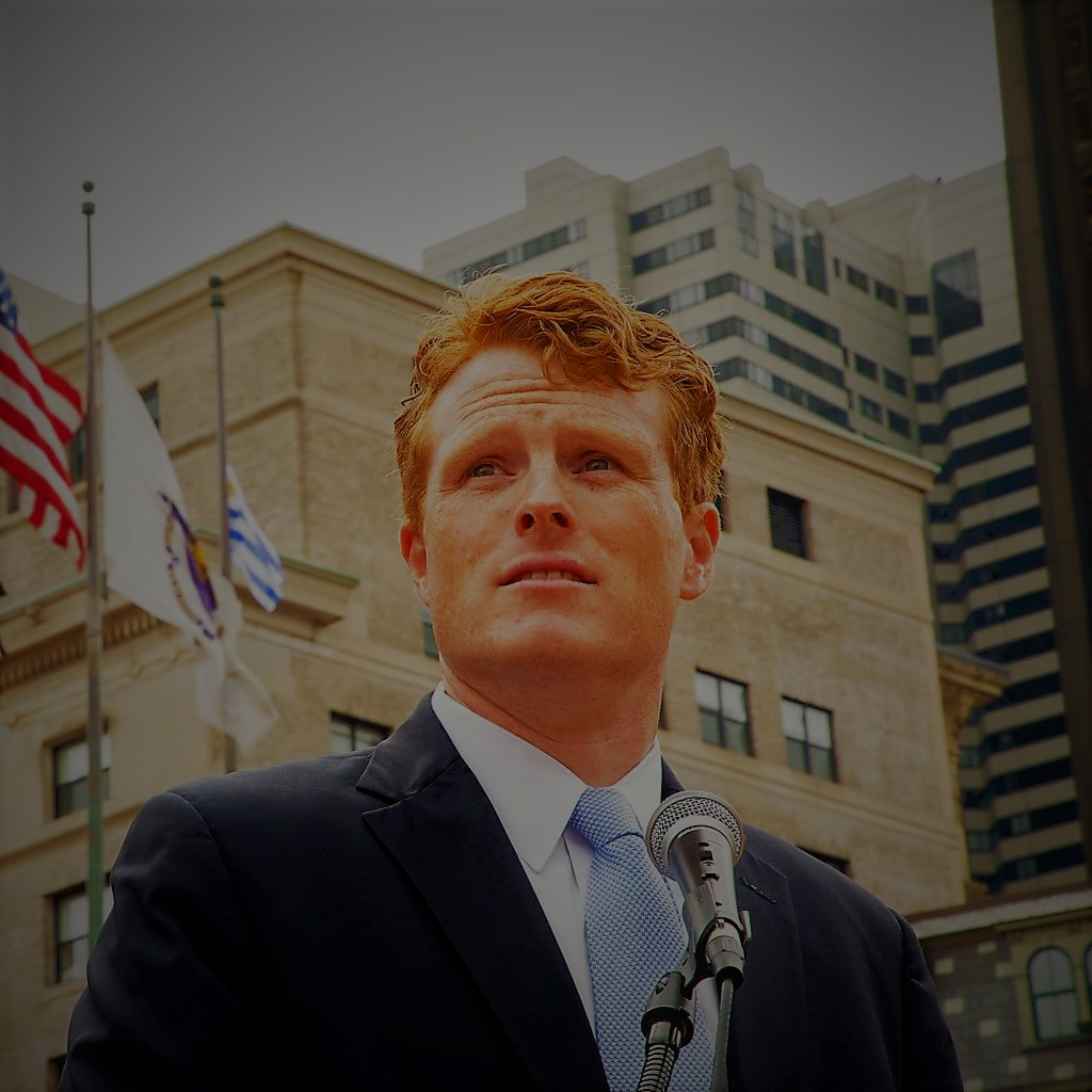 JOE KENNEDY III, DESDE LA PLATAFORMA ORGANIZING FOR ACTION (OFA)